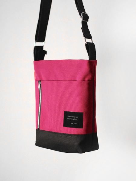 Pieni Adidas Laukku : Pieni tarina laukku vadelma riiminka